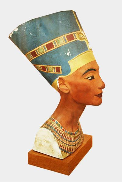 Копія з давньоєгипетської скульптури  XIV ст. до н. е. Цариця Нефертіті